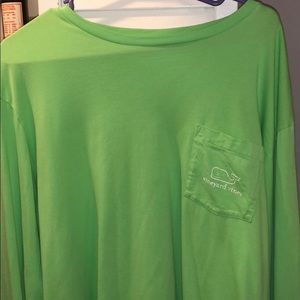 XL Men's Vineyard Vines shirt
